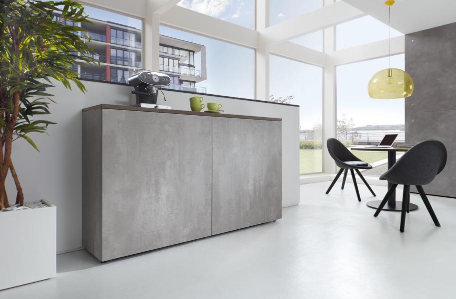 fm_bueromoebel-schrankserie_clear-schwebetuerenschrank_beton